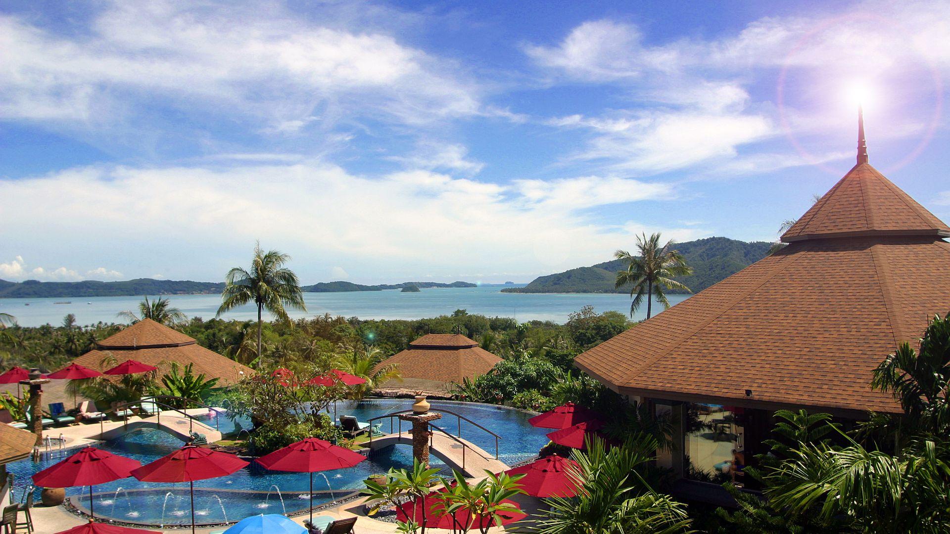 Phuket-Resorts-Mangosteen-Resort-and-Ayurveda-Spa-Pool-with-Seaview