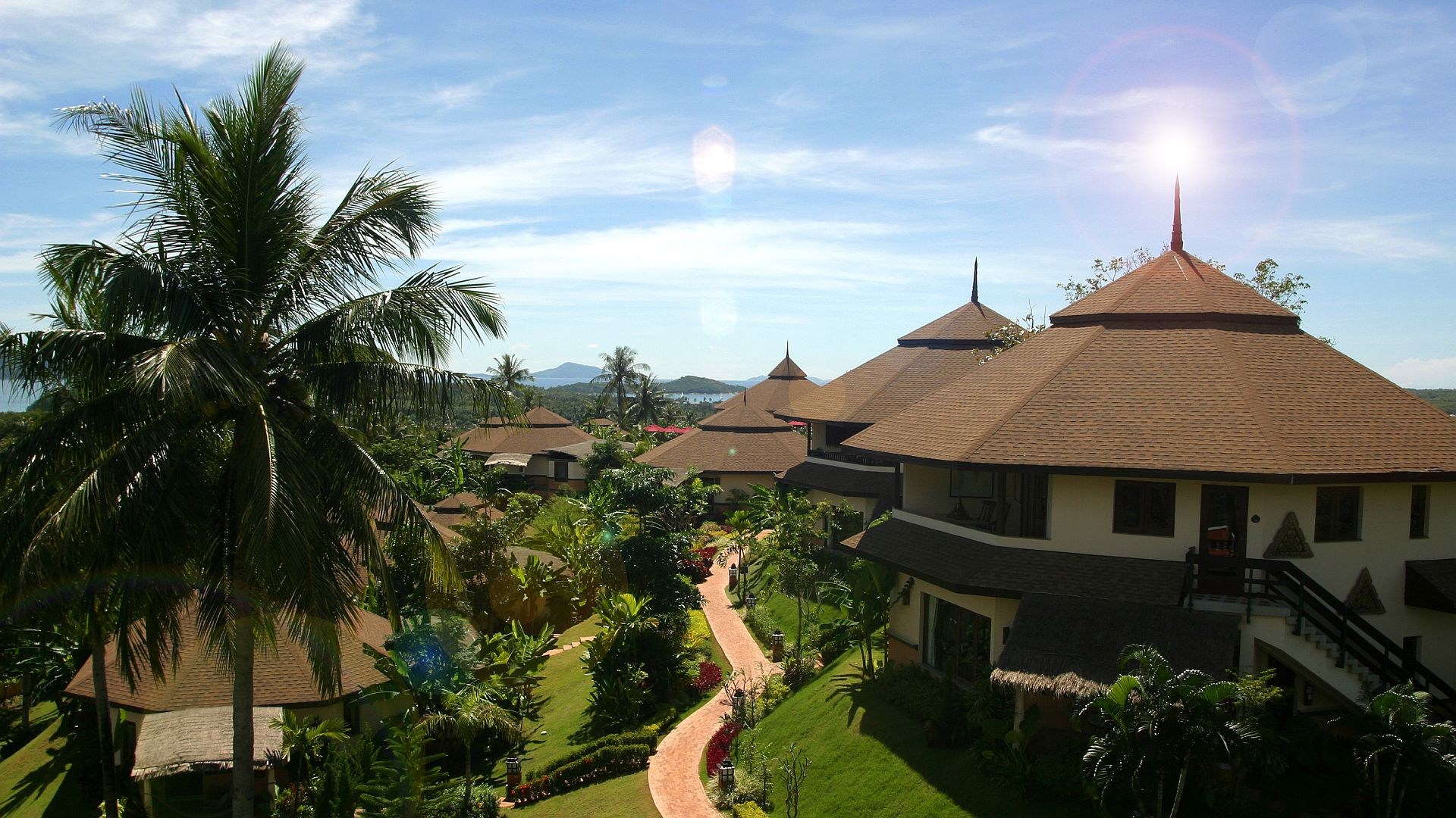 Phuket-Resorts-Mangosteen-Resort-and-Ayurveda-Spa-Royal-Jacuzzi-Villas-overview
