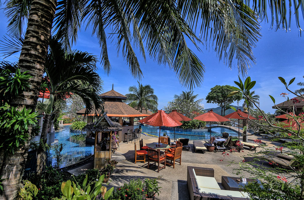 Beautiful Swimming Pool Area and Pool Bar at Mangosteen Ayurveda & Wellness Resort, Rawai, Phuket.