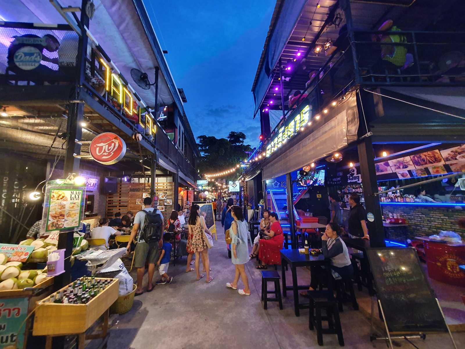 Chillva Market in Phuket Town, Ayurveda, Wellness, Yoga Retreats, Phuket Thailand, Mangosteen Ayurveda & Wellness Resort, Number 1 Ayurveda Resort in Thailand, Rawai, Phuket.
