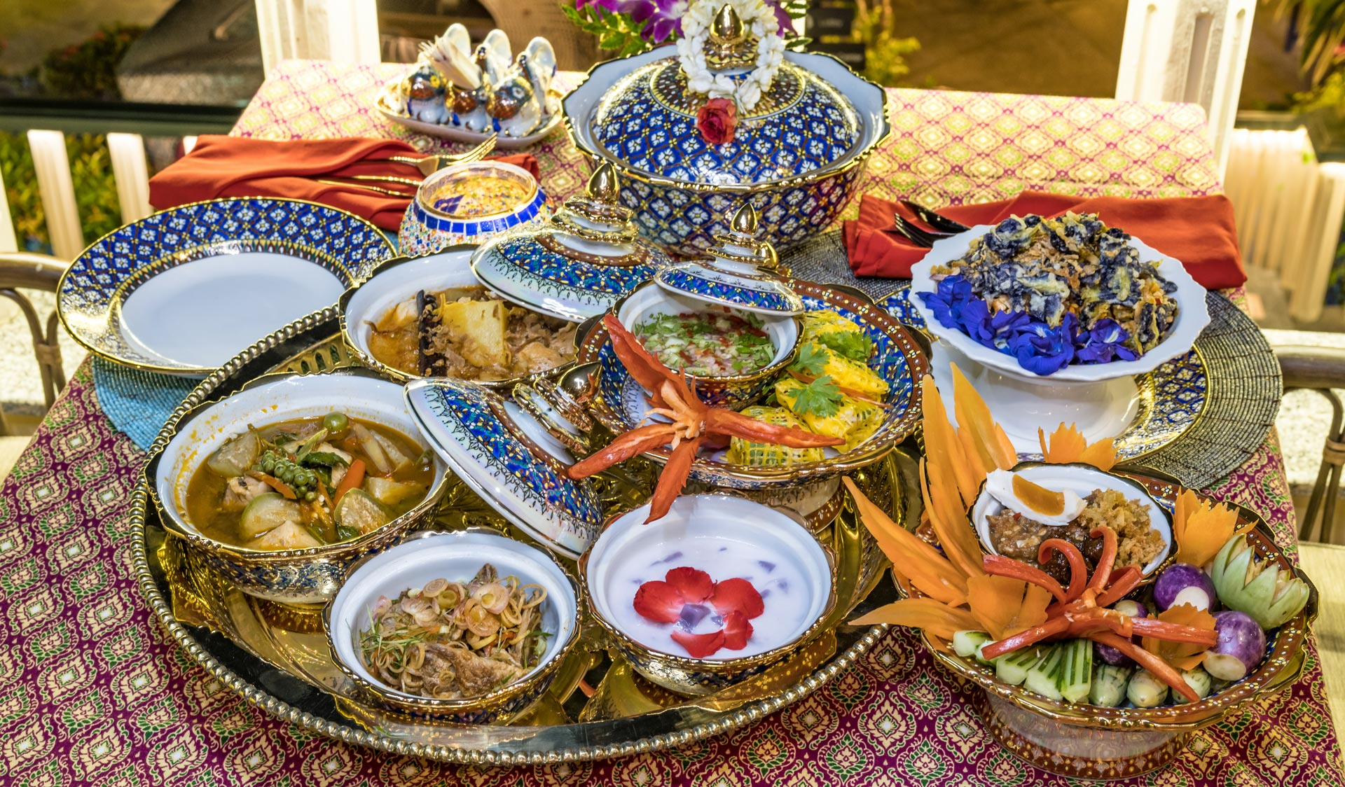 Royal Thai Cuisine, Mangosteen Restaurant And Wine Cellar. AUTHENTIC HOME-STYLE THAI CUISINE AND MEDITERRANEAN DELIGHTS WITH ASIAN HERBS AND SPICES, ORGANIC, FRESH AND HEALTHY!